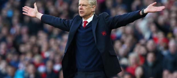 """Arsene Wenger evasivo en el futuro de Arsenal e insiste en que es su """"última preocupación en este momento"""""""