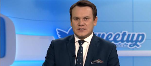 Dominik Tarczyński zwrócił uwagę, że unijna krytyka polskich reform nie jest oparta na konkretach (fot. polskaracja.com)