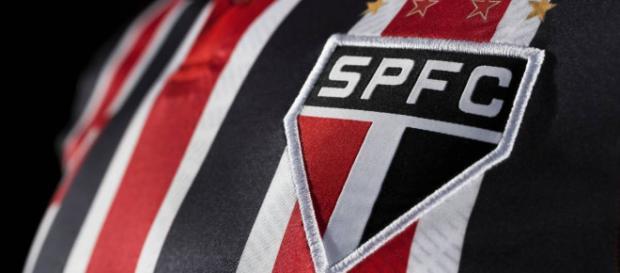 El Sao Paulo, vestiría nueva marca