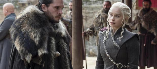 Jon Snow e Daenerys Targaryen em ''Game of Thrones''