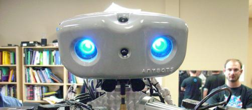 Close up headshot of the Monty robot made by Anybots (Image credit – Jeff Keyzer, Wikimedia Commons)
