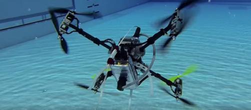 Naviator, el drone volador y submarino.