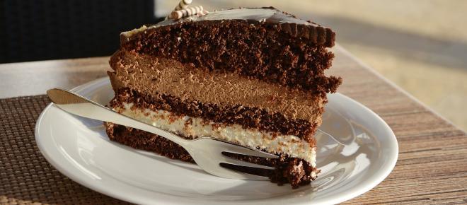 Espresso cream and chocolate genoise cake recipe