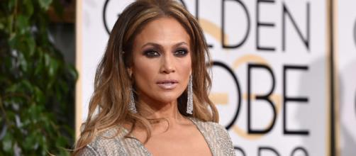 Jennifer Lopez continua sendo uma das mais belas de Hollywood