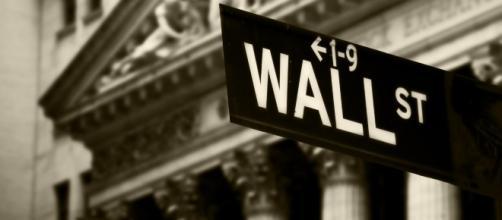 Wall Street: il crollo del 5 febbraio preoccupa gli investitori - pbs.org