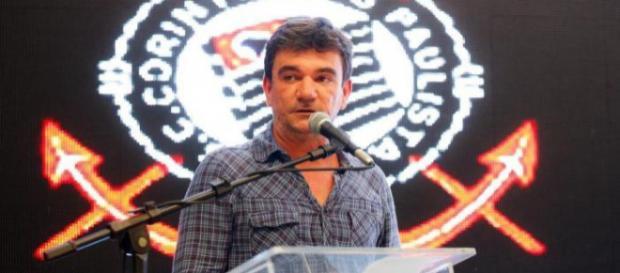 Andrés Sanchez é o novo presidente do Corinthians