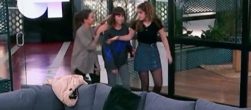 Ana Guerra y Amaia se llevan a Aitana para contarle algo que Cepeda ha filtrado