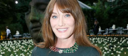 Carla Bruni shares rare photo of her and Nicolas Sarkozy's daughter - hola.com