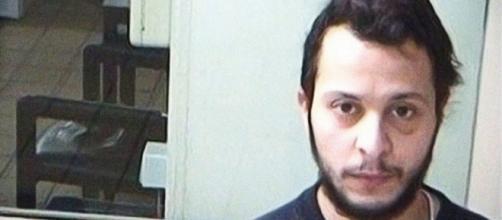 Salah está siendo juzgado por el tiroteo que condujo a su arresto