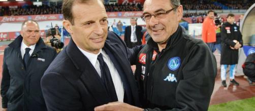 Sfida scudetto a distanza: Napoli contro Juventus.
