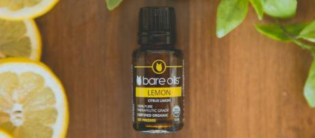 Aceite Esencial Destacado: Limón — BARE BLOG - livebareblog.com