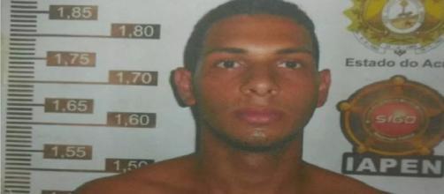Após denúncia de moradores, polícia recaptura mais um detento que fugiu de presídio em Cruzeiro do Sul.