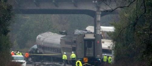 Choque de trenes en Carolina del Sur dejó dos muertos y 70 heridos