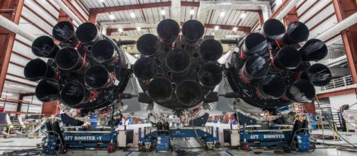 Elon Musk nos muestra cómo SpaceX alista al enorme Falcon Heavy ... - 360elsalvador.com