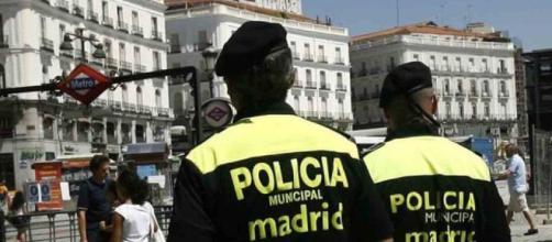 La policía investiga por qué se agotaron las entradas de U2 (Madrid, España)