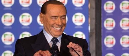 Pensioni minime a 1000 euro e Flat Tax al 23%, Berlusconi certo di vincere