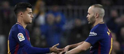 Philippe Coutinho substituindo andres Iniesta