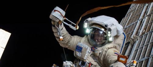 Russian cosmonaut Oleg Artemyev on a spacewalk (Image credit NASA, Wikimedia Commons)