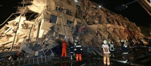 Terremoto en Taiwán: personas atrapadas bajo los edificios