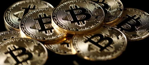 Bitcoin-Kurs auf Talfahrt: Anleger werden nervös - Blick - blick.ch