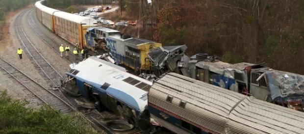 Choque de trenes deja dos muertos en Estados Unidos   gaceta.mx - gaceta.mx