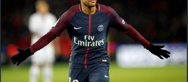 Neymar brilla en Paris, con estadisticas sorprendentes