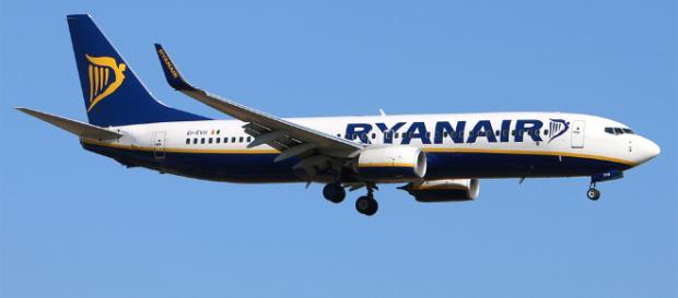 Ryanair: obbligo di accordo con i sindacati