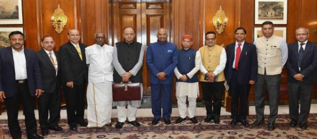Union Minister for Finance Arun Jaitley and his team presented the General Budget to President Ram Nath Kovind (Image: NDTV Youtube screencap)