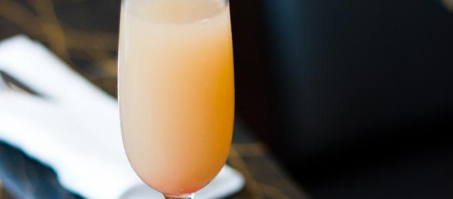 5 Cocktails You Can Mix In Your Sleep