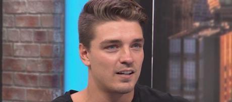 Bachelorette: Dean Unglert from a screenshot