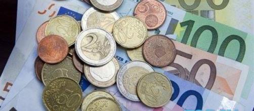 Bonus e incentivi per famiglie con redditi al di sotto delle 1.000 euro al mese