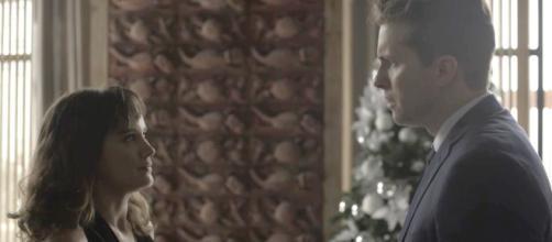 Clara e Patrick descobrem segredo de Renan em 'O Outro Lado do Paraíso'.