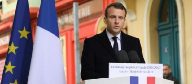 Macron veut voir la Corse « s'émanciper »