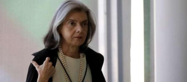 Novo advogado de Lula tem parentesco com Cármen Lúcia