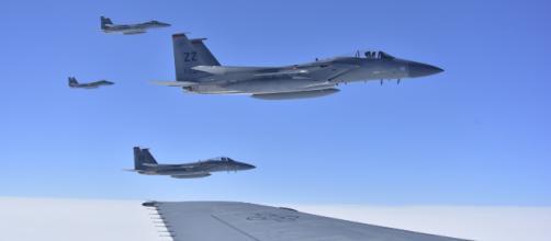 Bombardeio dos EUA matou mais de 100 guerrilheiros que lutavam contra terroristas na Síria
