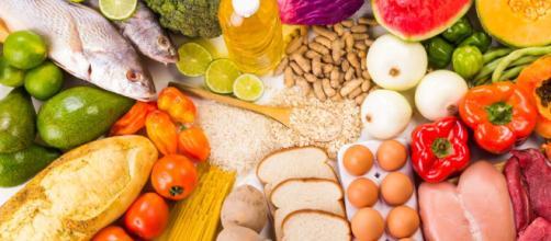 El equilibrio de comer saludable. - okdiario.com