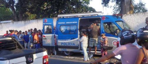 Homem morre e drogas são apreendidas em Itapuã