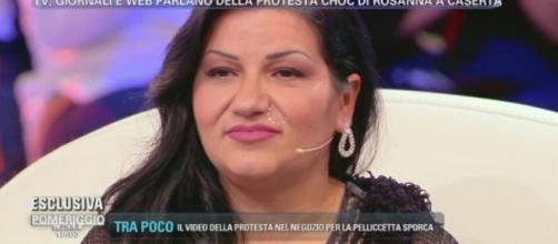 Rosanna Magliulo - 'signora della pelliccetta' - da Barbara D'Urso a Pomeriggio Cinque