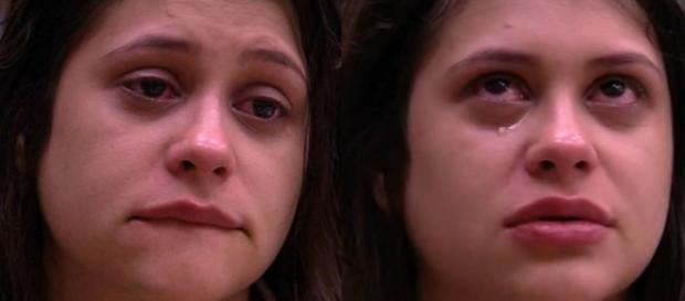 Bruxa do BBB 18 está há dias doente e diz que dor só tem aumentado em reality.