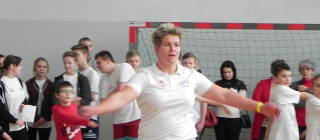 Anita Włodarczyk została nauczycielką WF w Sadowiu