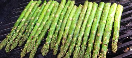 thespruce.com-Is asparagus really linked to breast cancer,