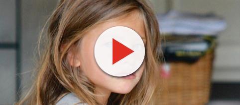 Illustrazione fotografica di una bambina