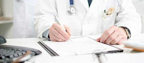 Allarme medici: saranno sempre meno
