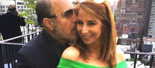 Bobby Zarin gives Jill Zarin a kiss. [Photo via Facebook]