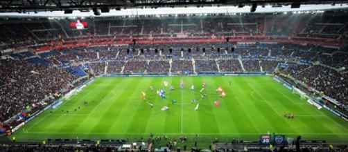 El Parc Olympique Lyonnais, también conocido como Parc OL