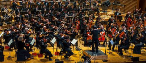 Orquesta de Corea del Norte Sorth coreanos.