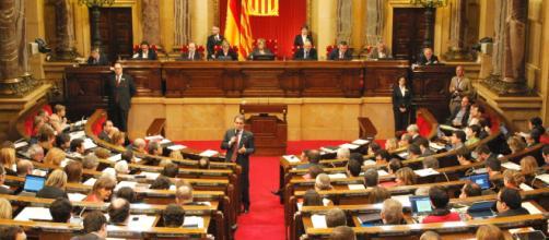 Parlamento catalán necesita a Puigdemont