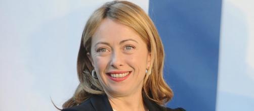 Pontedera contro la 'fascista' Giorgia Meloni