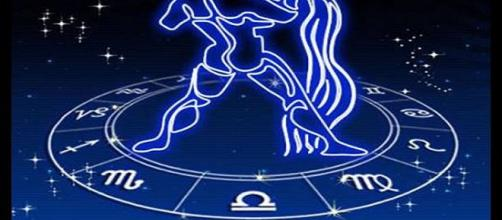 Tu horóscopo mensual acuario...