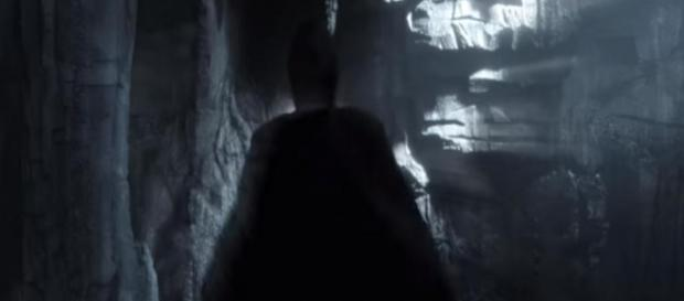 Bruce Wayne sees The Dark Knight as he hallucinates. - [Gotham / YouTube screencap]